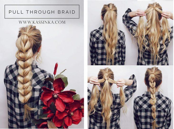 garota trançando o cabelo