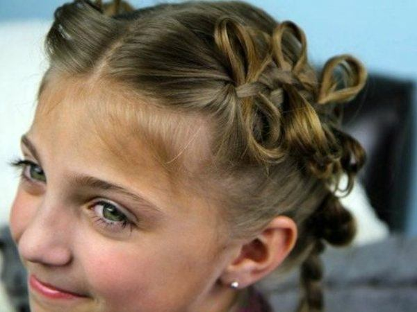 hairstyles-girls-fall-winter-2017-bows-on-the-head