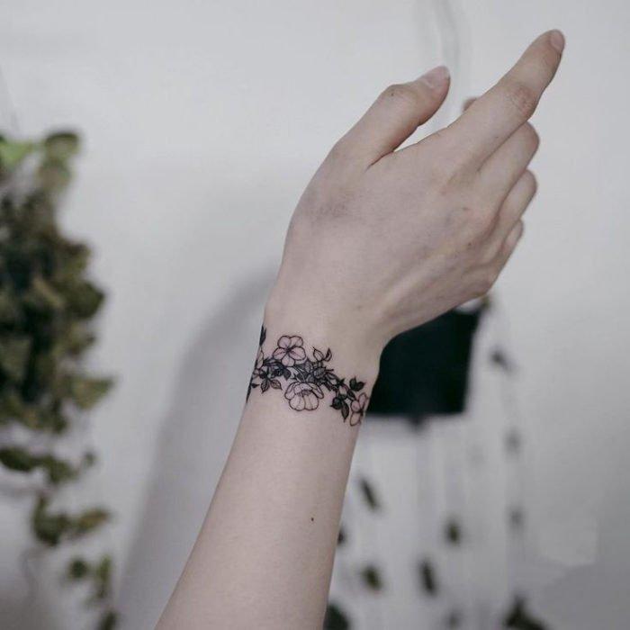 pulseira de flor de cerejeira