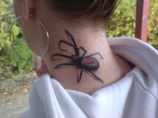 photos-of-tattoos-3d-spider-on-neck