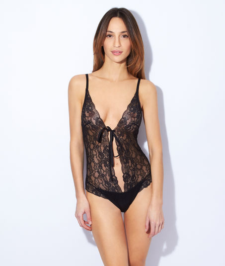 lingerie-sexy-para-natal-2015-body-lace-black-by-etam