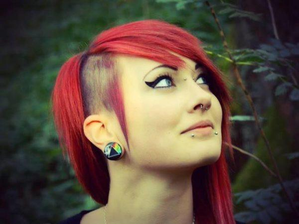 haircuts-and-hairstyles-emo-for-girls-2016-cut-with-shaved